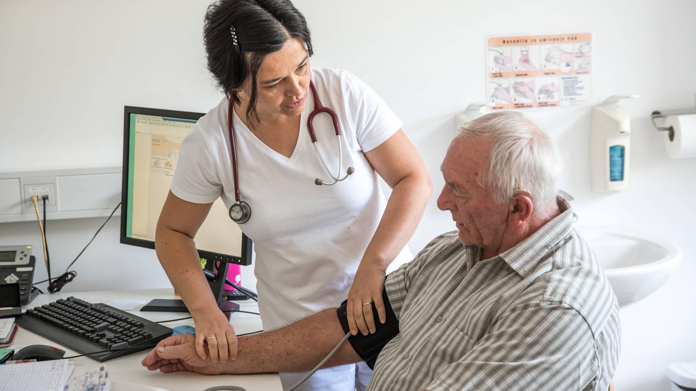 Medico geriatra