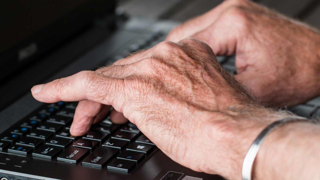 Internet per gli anziani