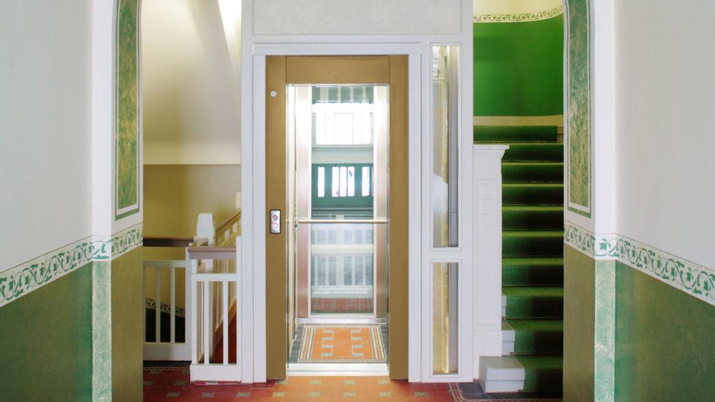 Ascensore in casa privata per appartamento senza scale - Scale per appartamenti ...