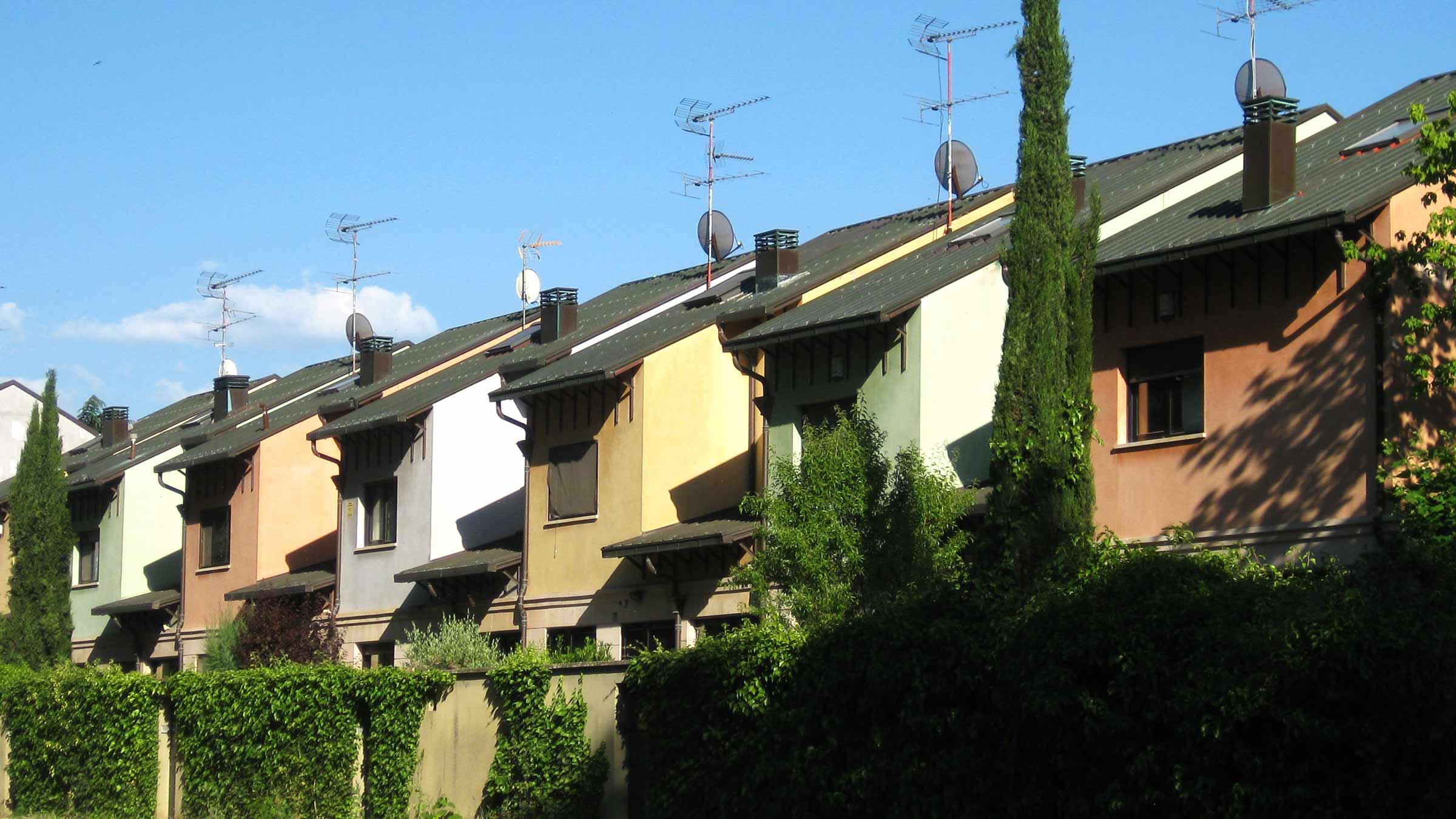Progetto casetta in legno da giardino dwg piante arredo giardino dwg miglior ispirazione per la - Casa a schiera progetto ...